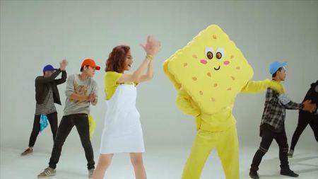Miu Le vui tet ga vi MV moi can moc hon 100.000 view - Anh 1