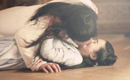 11 nguoi dep tung duoc Hoac Kien Hoa hon say dam trong phim - Anh 11