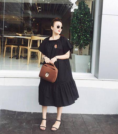 Sao style 8/7: Phuong Trinh nhu cong chua nho, Minh Hang mac do boi ra pho - Anh 1