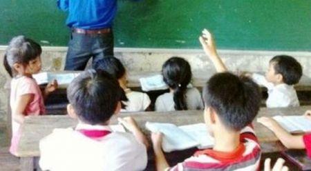 Thua Thien Hue: Nghiem cam to chuc day them voi bac tieu hoc - Anh 1