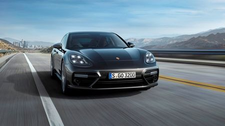 Mau Porsche Panamera the thao da duoc thiet ke phong cach sedan sang trong - Anh 1