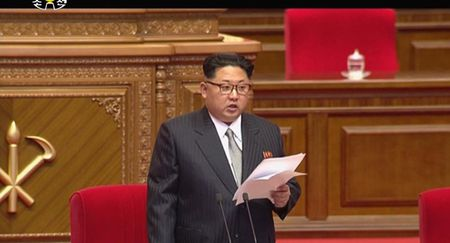 Trieu Tien: My 'dua voi ho' khi dam trung phat ong Kim Jong-un - Anh 1