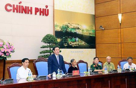 Thuc hien chinh sach den on dap nghia doi voi nguoi co cong - Anh 1