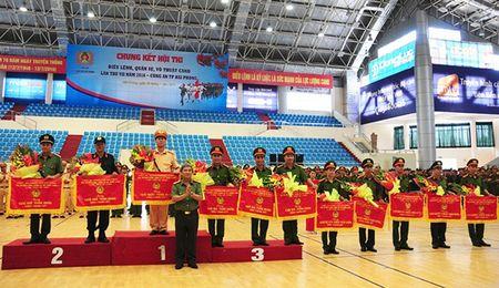 Cong an Hai Phong thi Dieu lenh quan su, vo thuat CAND 2016 - Anh 2