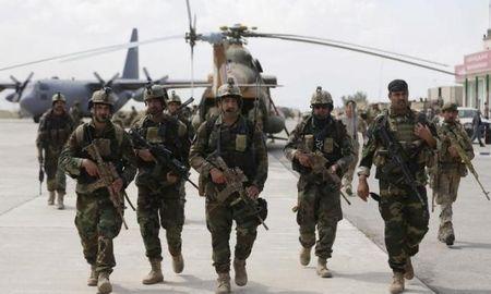 Australia cam ket chi them 300 trieu USD cho an ninh Afghanistan - Anh 1