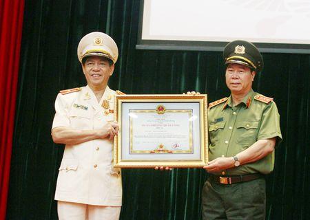 Gop phan xay dung va phat trien Thu do Anh hung - Anh 1