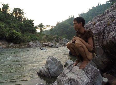 'Tarzan Viet Nam' khien bao Anh phat sot - Anh 2