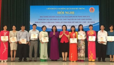 Day manh phong trao xay dung gia dinh hanh phuc - Anh 1