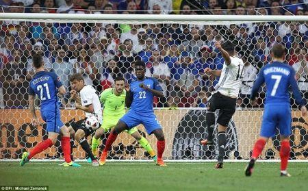 Ha guc DT Duc, DT Phap dai chien Bo Dao Nha o CK Euro 2016 - Anh 2