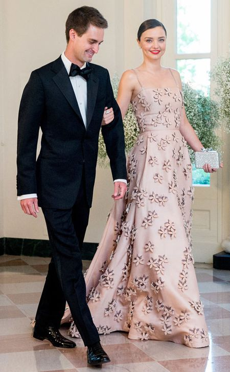 Miranda Kerr va ban trai ty phu tinh den chuyen ket hon - Anh 1