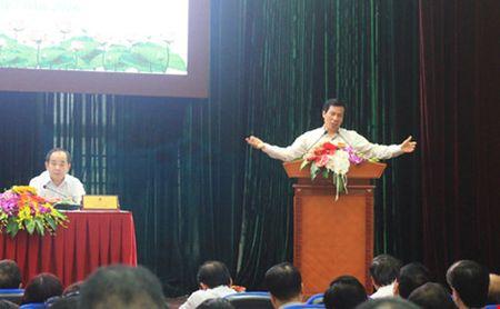 Bo truong Bo VH-TT&DL: 'Han che bot hoi nghi hoi thao, di lai vua thoi' - Anh 1