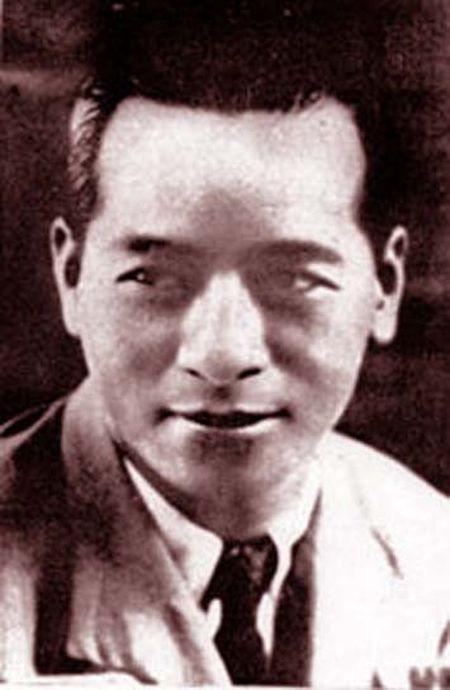 Co van Uy ban khoi nghia trong cach mang mua thu 1945, Tran Dinh Long: Nguoi muon nam cu bay gio o dau? - Anh 1