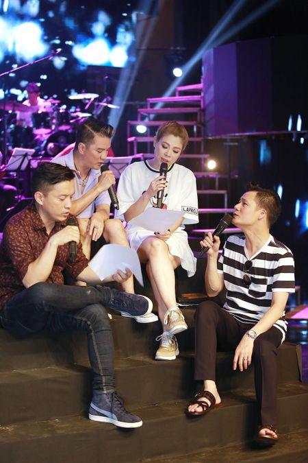 Dan sao nam Vpop quy tu trong live show cua Thanh Thao - Anh 3