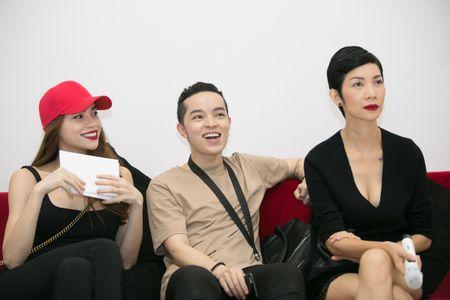 Ho Ngoc Ha tuyen dien vien nam lam MV tang hoc tro The Face - Anh 4