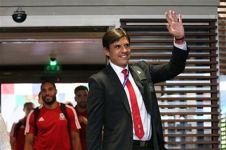 Gareth Bale va dong doi rang ro ngay ve nuoc - Anh 7