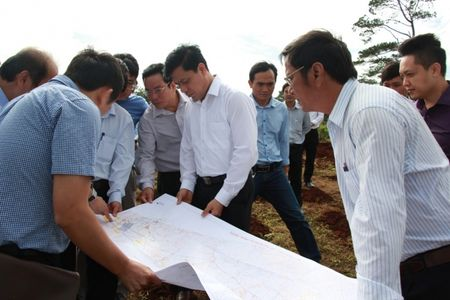 Nhanh chong GPMB duong tranh phia Tay thi xa Buon Ho - Anh 1