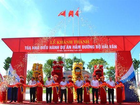 Khanh thanh Khu nha dieu hanh, khoi dong thi cong hang muc mo rong ham duong bo Hai Van - Anh 1
