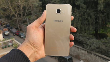 Samsung Galaxy A7 2016 dep nhung chua bang Lenovo Vibe X3? - Anh 6