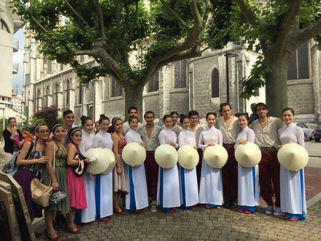 Viet Nam du Festival Van hoa the gioi lan thu 33 tai Voiron, Phap - Anh 1