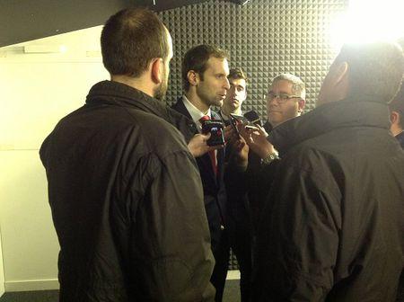 NONG: Petr Cech gia tu su nghiep quoc te - Anh 2