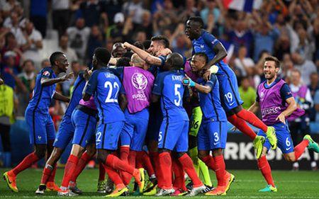 Griezmann ruc sang, Phap danh bai Duc 'am' ve vao chung ket EURO 2016 - Anh 1