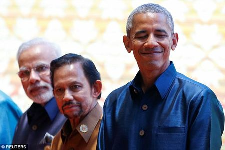 Obama gap Tong thong Philippines du bi xuc pham - Anh 2