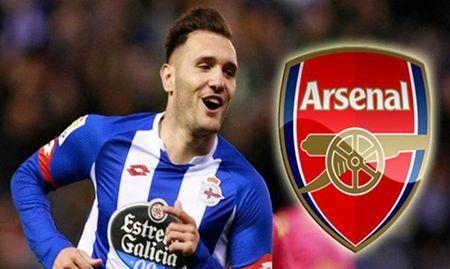 Vua den Arsenal, Lucas Perez da duoc 'len may' - Anh 1