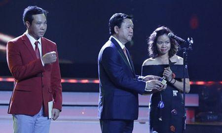 VTV Awards 2016 vinh danh nhac si Tran Lap, Ho Van Cuong - Anh 2