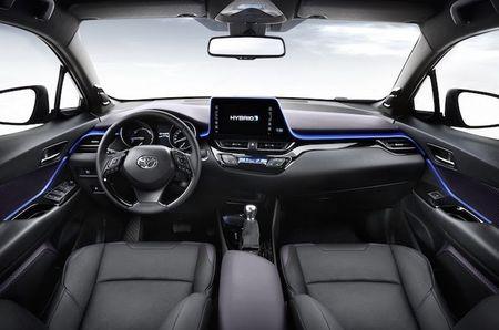 "SUV co nho Toyota C-HR ""chot gia"" 627 trieu - Anh 4"