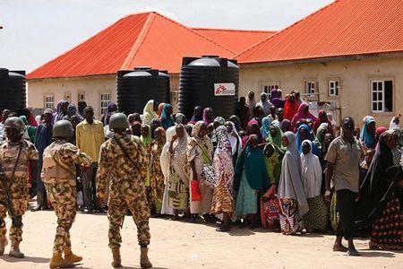 Cuoc song nguoi dan Nigeria khon kho vi khung bo Boko Haram - Anh 2