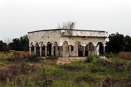 Cuoc song nguoi dan Nigeria khon kho vi khung bo Boko Haram - Anh 3