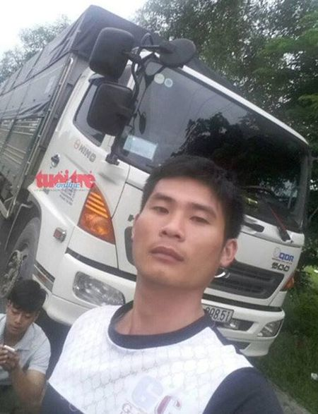 Cam phuc tai xe xe tai cuu o to khach mat phanh - Anh 4