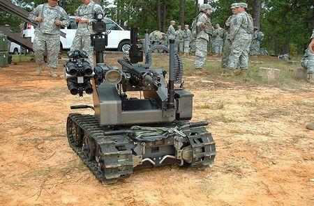 Soi mat loat robot chien dau dang so nhat the gioi - Anh 12