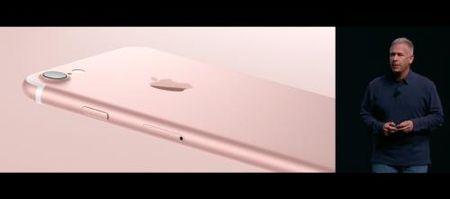 iPhone 7 ra mat voi kha nang chiu nuoc, may anh kep va khong co cong tai nghe - Anh 3