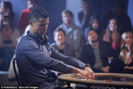Ronaldo lan dau luyen tap sau chan thuong - Anh 2