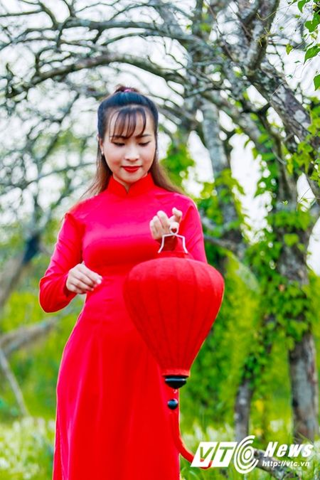 Nu sinh Su pham rang ro trong ta ao dai do don Trung thu - Anh 11