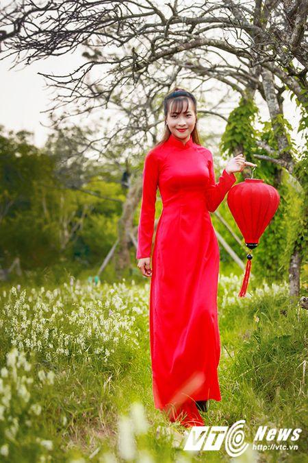 Nu sinh Su pham rang ro trong ta ao dai do don Trung thu - Anh 2