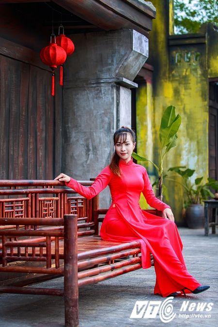 Nu sinh Su pham rang ro trong ta ao dai do don Trung thu - Anh 3