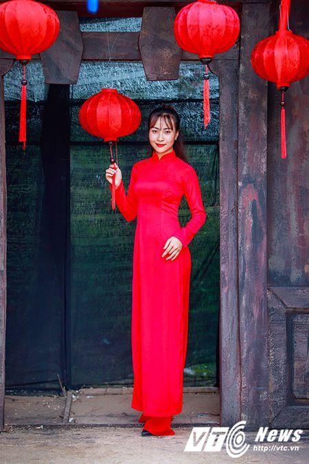 Nu sinh Su pham rang ro trong ta ao dai do don Trung thu - Anh 4