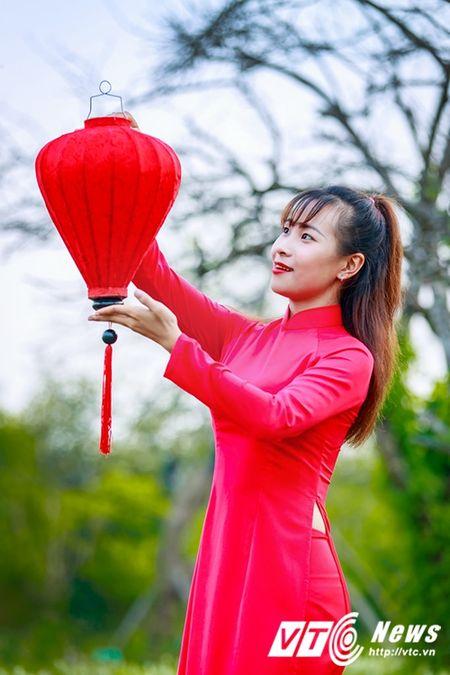Nu sinh Su pham rang ro trong ta ao dai do don Trung thu - Anh 5