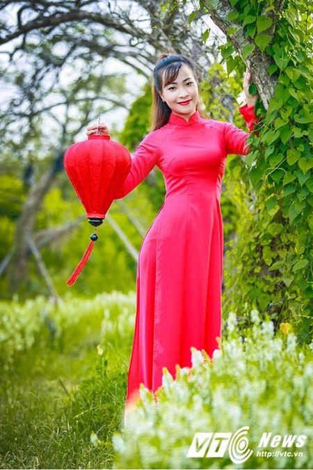 Nu sinh Su pham rang ro trong ta ao dai do don Trung thu - Anh 7