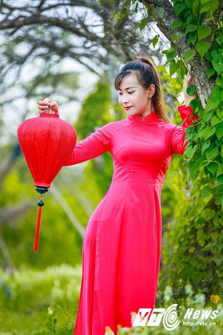 Nu sinh Su pham rang ro trong ta ao dai do don Trung thu - Anh 9