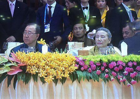 """Tong thong Philippines """"tranh mat"""" Tong thong My va TTK LHQ Ban Ki Moon? - Anh 2"""