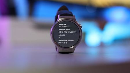 He dieu hanh di dong Android Wear 2.0 co gi moi - Anh 1