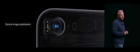 Apple iPhone 7: chong nuoc, bo jack tai nghe, CPU 4 nhan, phim Home cam ung, 2 camera, 2 loa, 5 mau - Anh 12