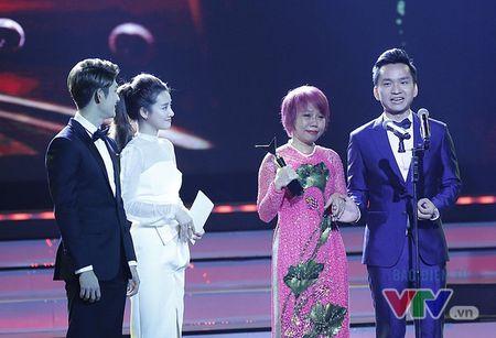 """MC Hanh Phuc: """"Giai thuong o VTV Awards khong phai danh cho nguoi chien thang"""" - Anh 1"""
