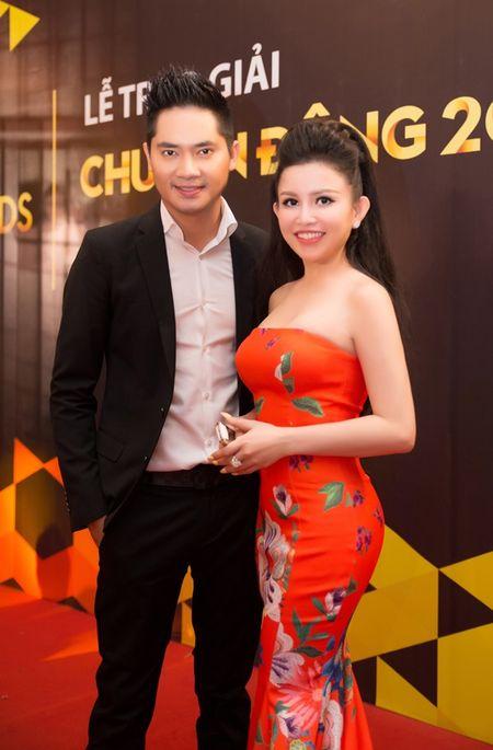 Janny Thuy Tran cuoi rang ro canh MC Dai Nghia - Anh 4
