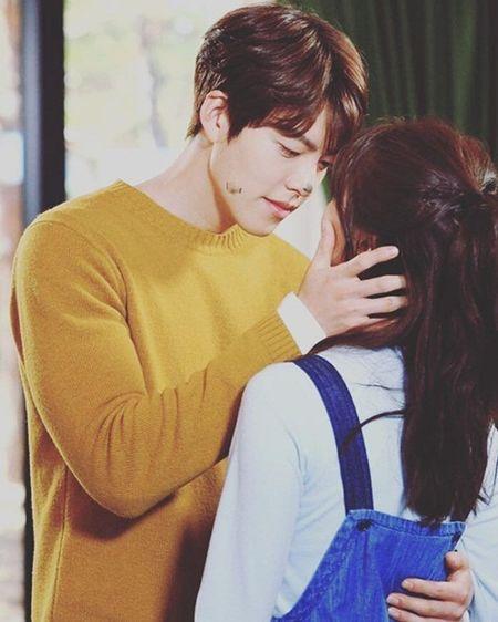 Sao Han 8/9: Suzy tinh tu Kim Woo Bin, Seung Ri 'dan mat' vao my nu - Anh 9