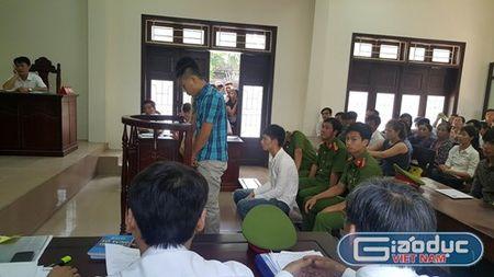 Toa an tinh Thanh Hoa tra ho so vu an co dau hieu bo lot 4 doi tuong giet nguoi - Anh 2