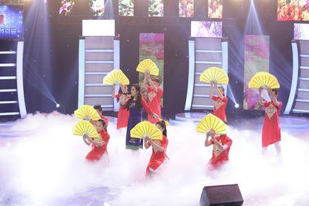 "Ban sao 15 tuoi cua Le Quyen duoc Doan Trang khen ""qua ghe va rat tinh"" - Anh 8"